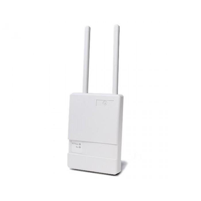 An Interlogix wireless signal repeater kit